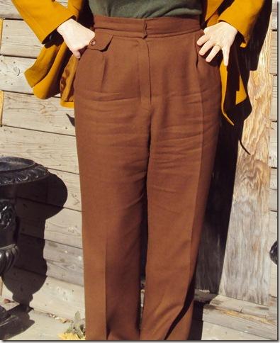 V1933 waist detail
