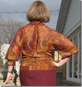 blouse untucked back