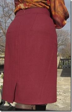 v1324 skirt back