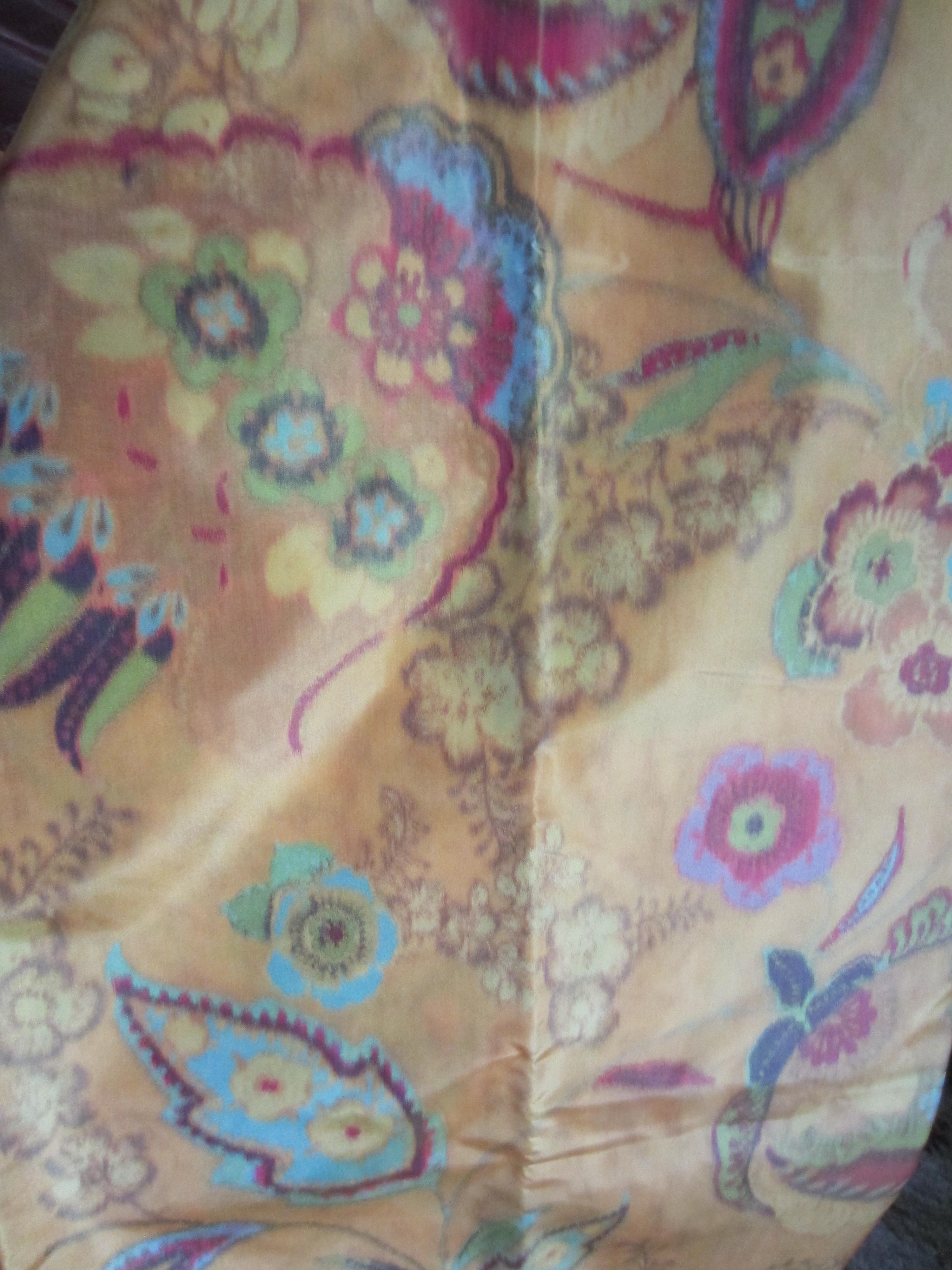 blurry silk tafetta