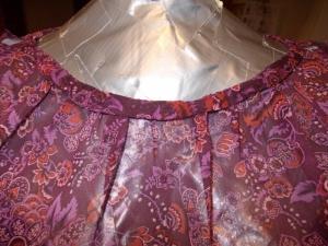 Burda 4-2011-114 neckline