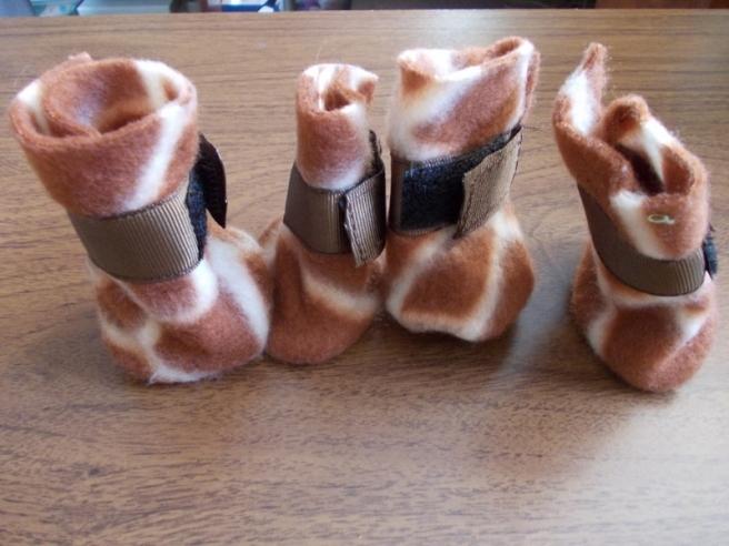 fleece dog shoes